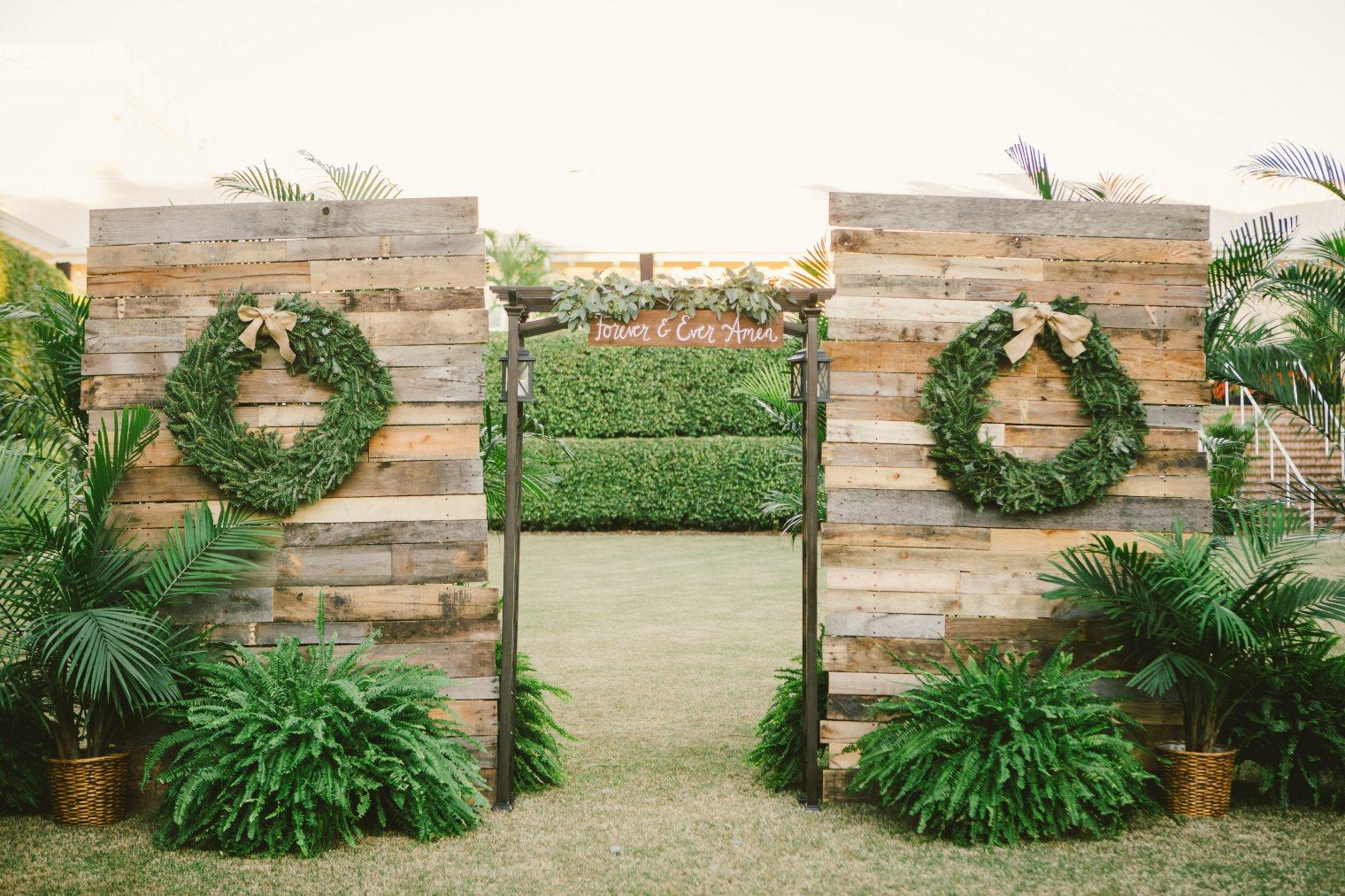 Rustic wedding arch decor elizabeth anne designs the wedding blog rustic wedding arch decor junglespirit Image collections