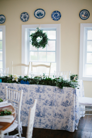 Toile Table Linen