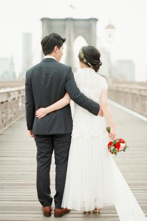Wedding Pictures on Brooklyn Bridge