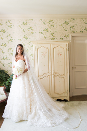 Bride in Jim Hjelm