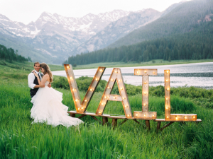 Vail Sign Bride and Groom