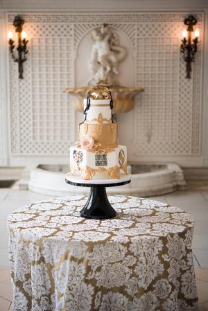 Venetian Inspired Wedding Cake