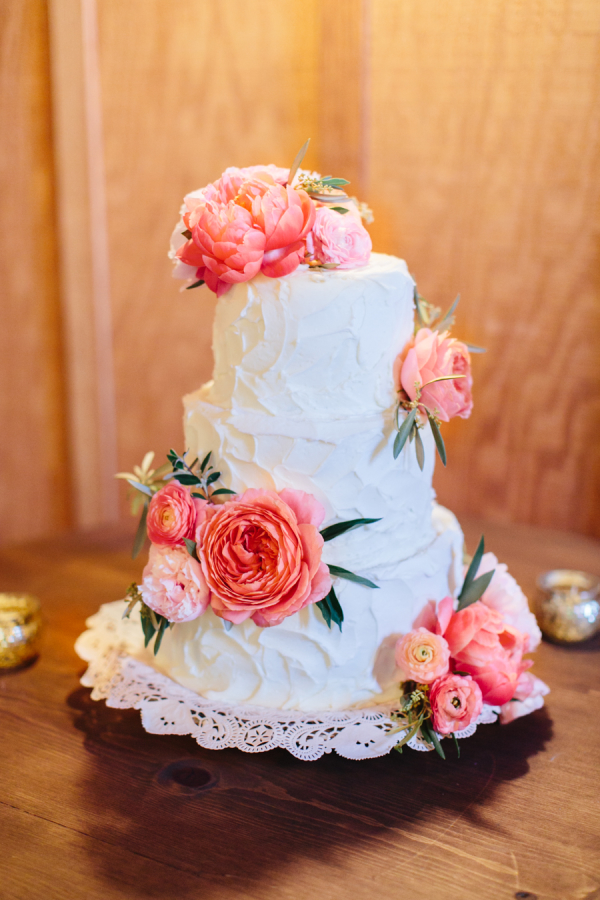 Wedding Cake with Pink Flowers1