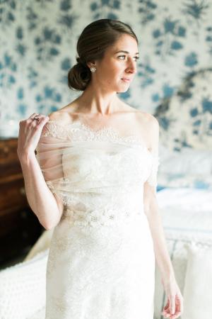 Elegant Bride in Monique Lhuillier