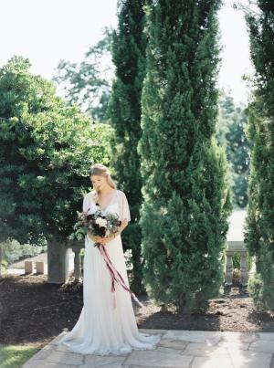 Elegant Early Fall Bride