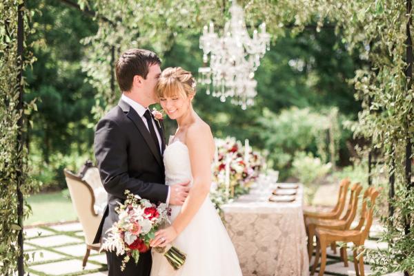 Elegant Garnet and Champagne Wedding Ideas