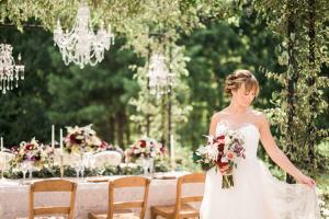Elegant Garnet and Champagne Wedding Ideas 8