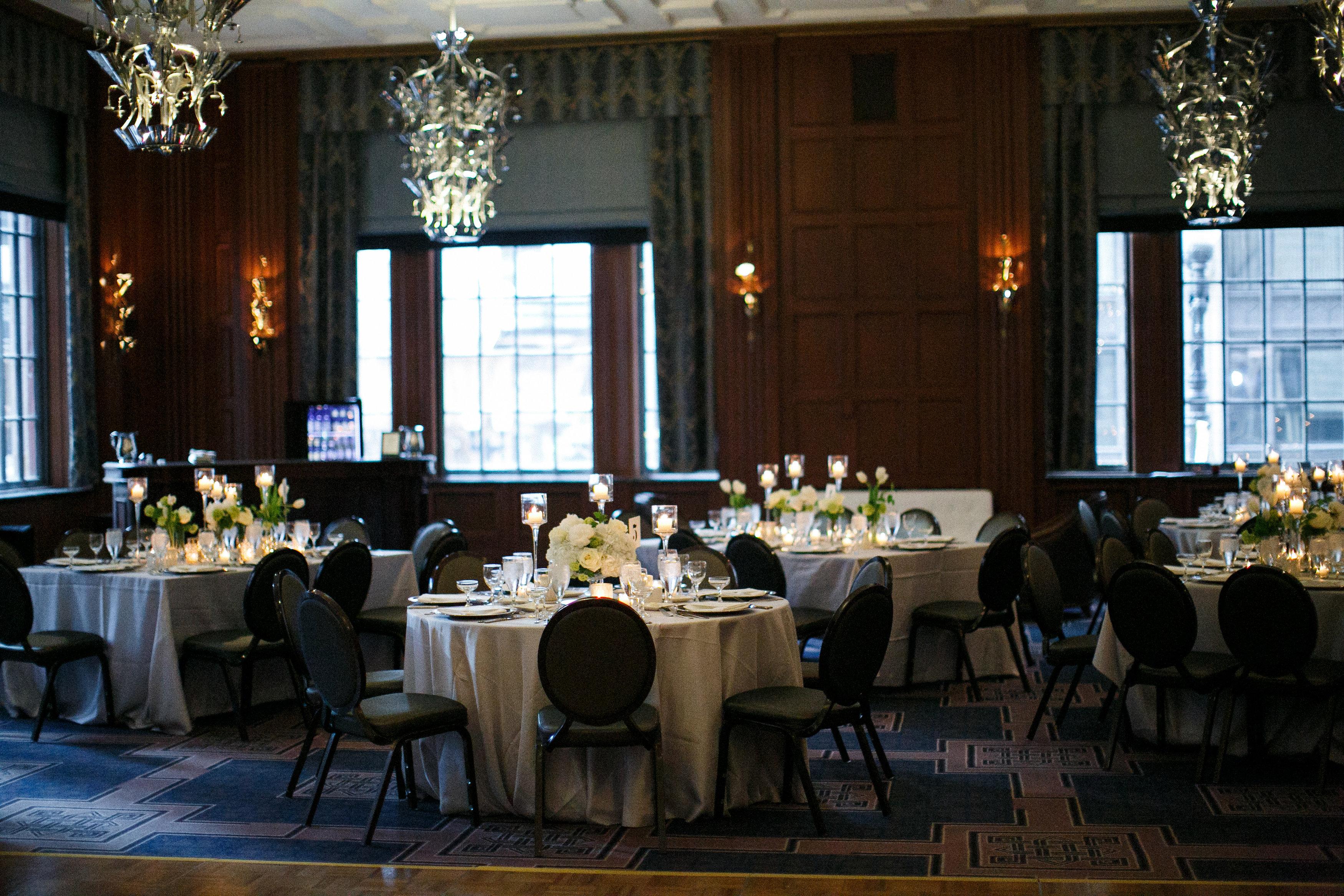 Modern chicago hotel wedding elizabeth anne designs the for Design hotel wedding