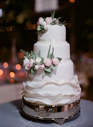 Wedding Cake with Icing Ruffles1