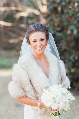 Bride in Winter Wrap1