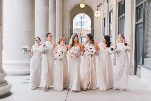 Bridesmaids in Pale Taupe Dresses