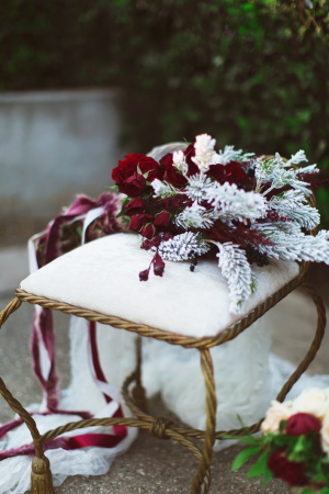Burgundy and Gold Winter Wedding Ideas