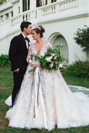 Elegant Winter Wedding Damaris Mia 16