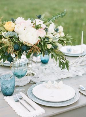 Sort Blue and Gray Wedding Inspiration