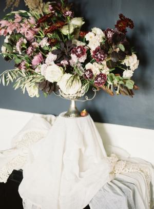 Elegant Fall Wedding Centerpiece