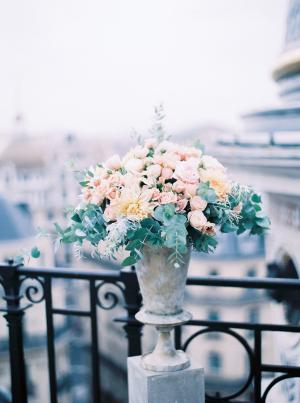 Pale Peach Wedding Flowers