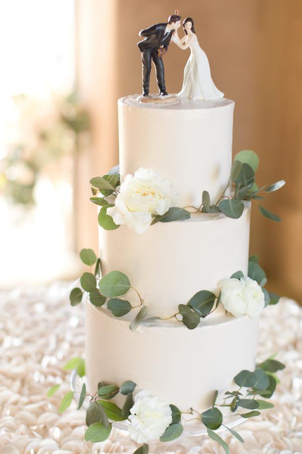 Wedding Cake With Eucalyptus Leaves Elizabeth Anne