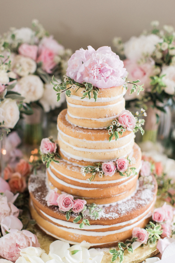 Two-tier Naked Cake With Pink Roses - Farina Casa
