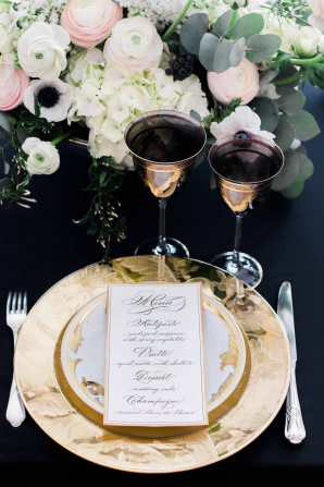 Gold and Black Wedding Table