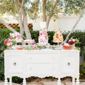 Shabby Chic Wedding Dessert Table