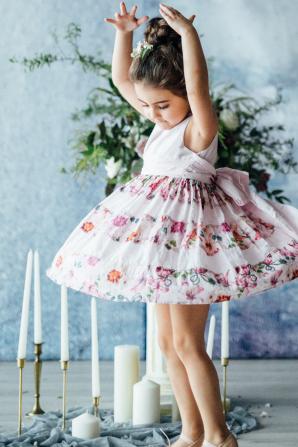 Flower Girl in Floral Print Dress