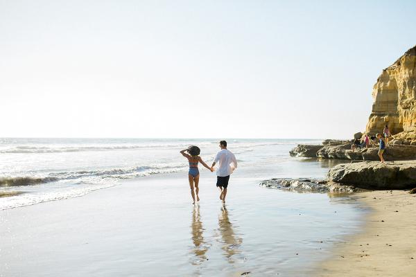 Beach Picnic Engagement Photos 10
