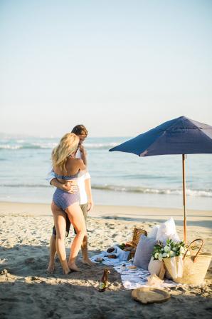 Beach Picnic Engagement Photos 14