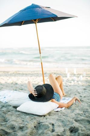 Beach Picnic Engagement Photos 17