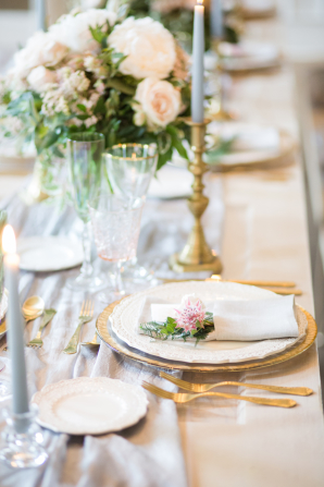 Gold and Gray Wedding Table
