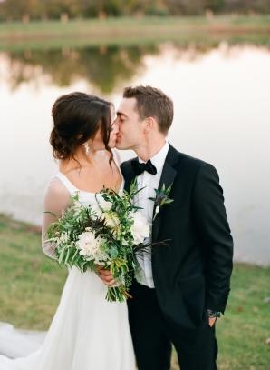 Oklahoma Barn Wedding Jenny McCann 10