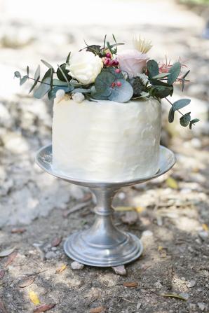 Petite Wedding Cake with Flowers