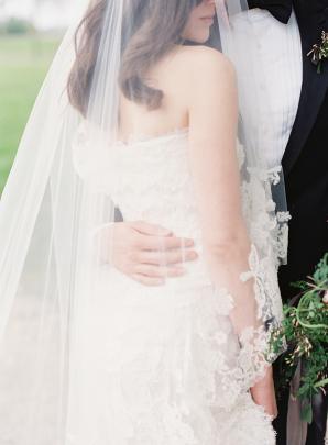 Oscar de la Renta Lace Bridal Gown