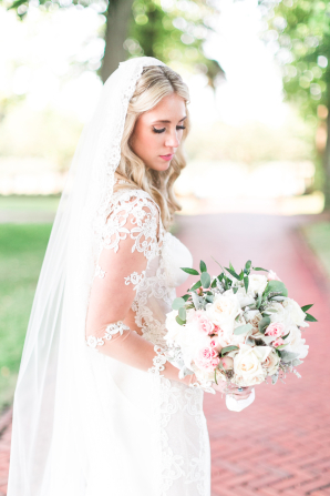 Bride in Galia Lahav