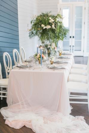 Crisp White and Blue Wedding Table