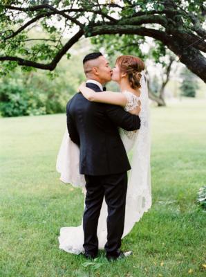 Elegant Edmonton Wedding at Fairmont Hotel 11