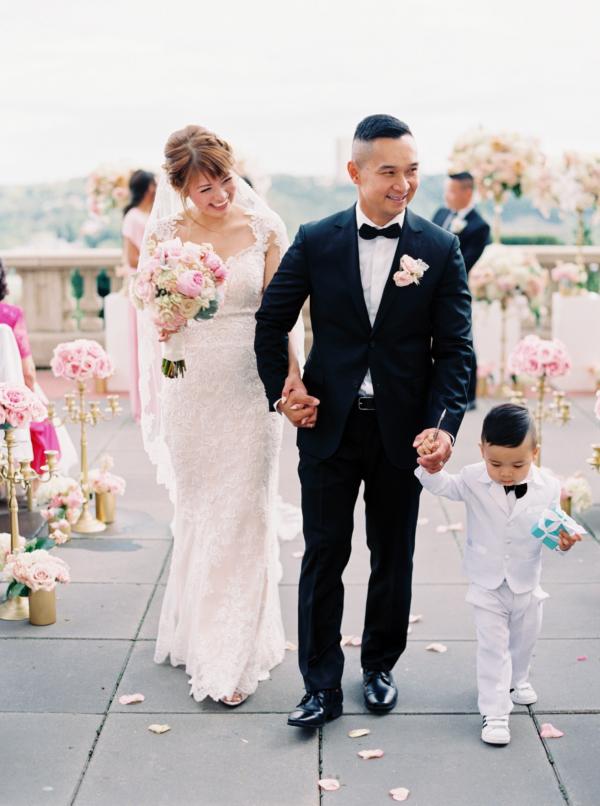 Elegant Edmonton Wedding at Fairmont Hotel 15