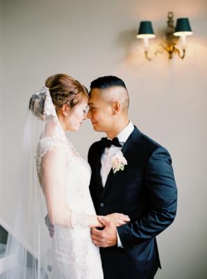 Elegant Edmonton Wedding at Fairmont Hotel 4