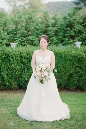 Bride in Mika Inatome