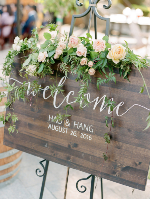 Calligraphy Wood Welcome Sign