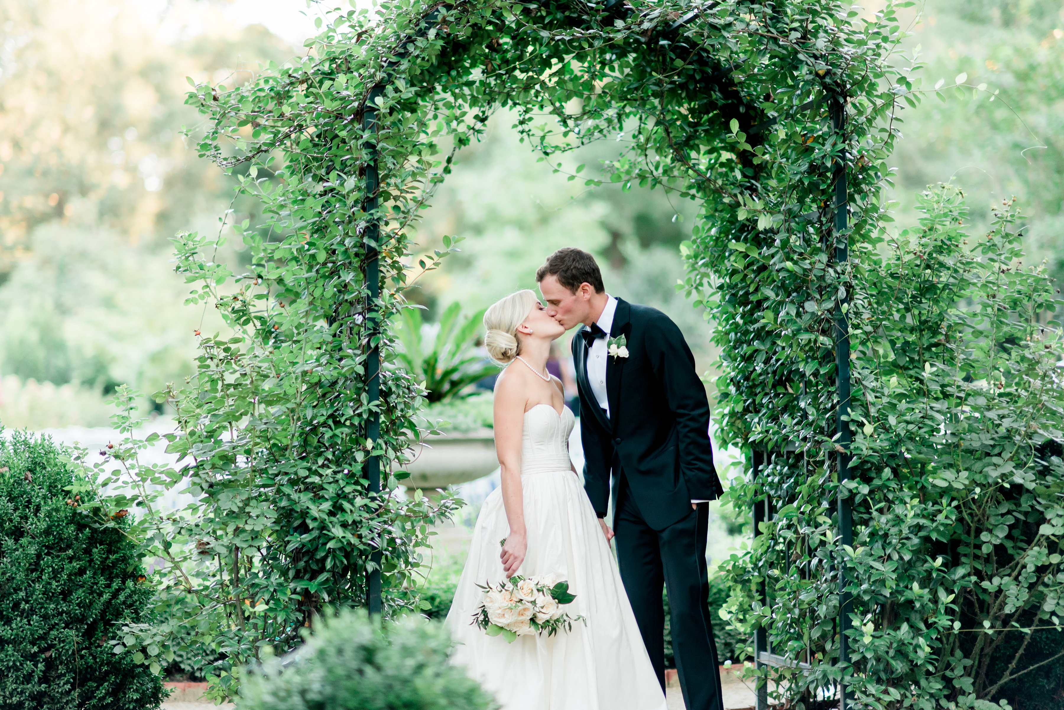 Classic Southern Mansion Wedding