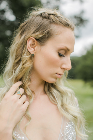 Bride with Neutral Makeup