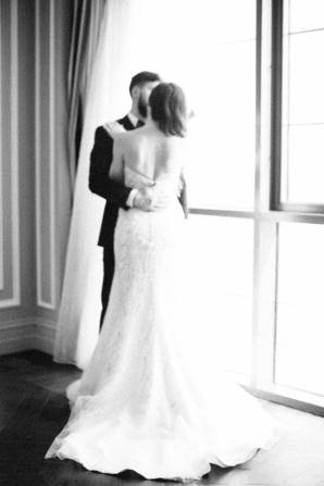 Elegant Dubai Wedding Ideas Save the Date 10