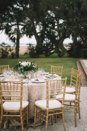 Gold and Champagne Wedding Table