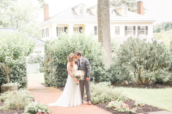 Inn at Willow Grove Wedding Jessica Green 1