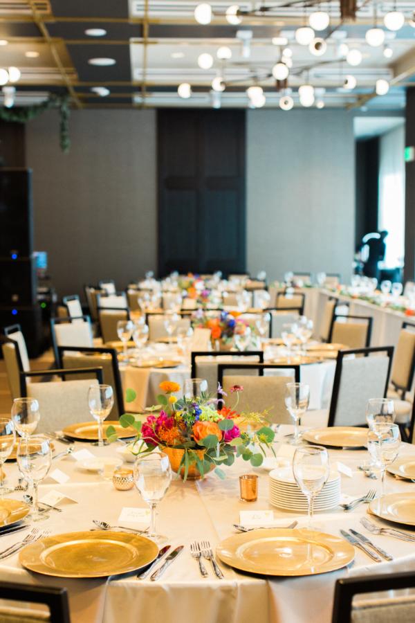 Modern Hotel Wedding Reception Elizabeth Anne Designs The Wedding