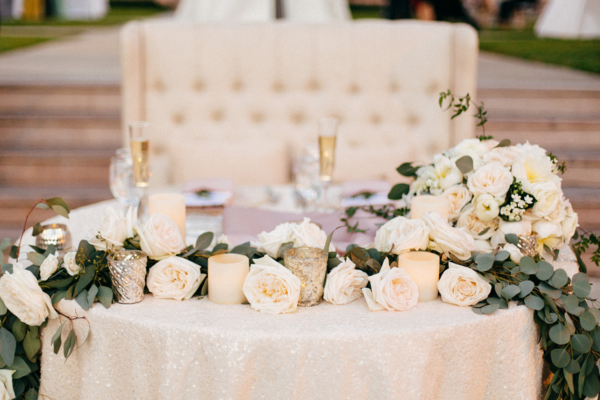Sweetheart Table with Cream Roses