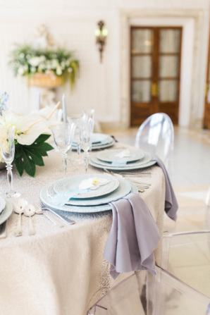 Blue and Ivory Wedding Table 1