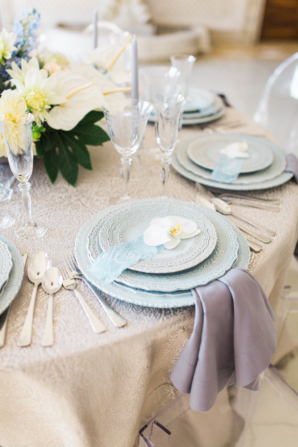 Blue and Ivory Wedding Table 2