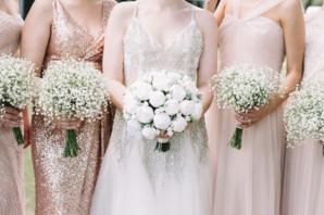 Bridesmaids with Babys Breath Bouquets