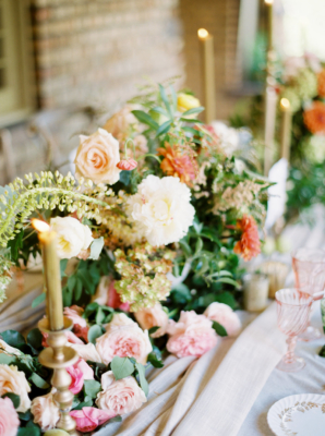 Elegant Amber and Coral Wedding Flowers